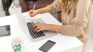 How To Make a Handsome Income As a Freelance Writer?